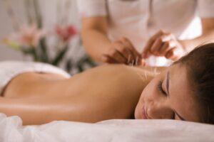 Hebamme und Akupunktur