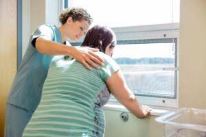 Krankenschwester und Hebamme