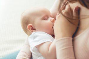 Wie oft kommt die Hebamme nach der Geburt